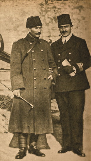 Mustafa Kemal ve Hüseyin Rauf Bey