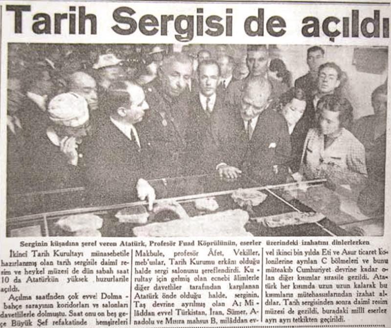 Atatürk, Dolmabahçe'de açılan Tarih Sergisi'nde Fuat Köprülü'den bilgi alıyor.