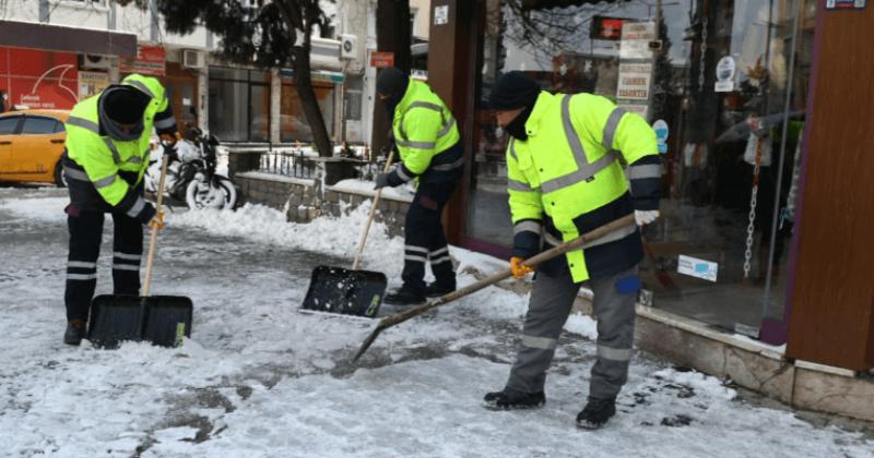 Kar Yağışının Ardından Çalışmalar Aralıksız Sürüyor