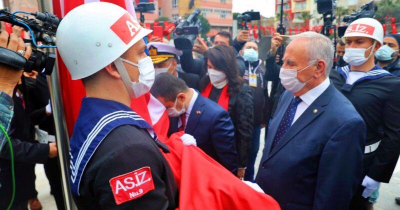 Çanakkale Deniz Zaferi'nin 106. Yılı Törenlerle Kutlanıyor