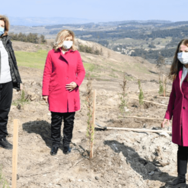 8 Mart Etkinliği Kapsamında Fidanlar Toprakla Buluştu