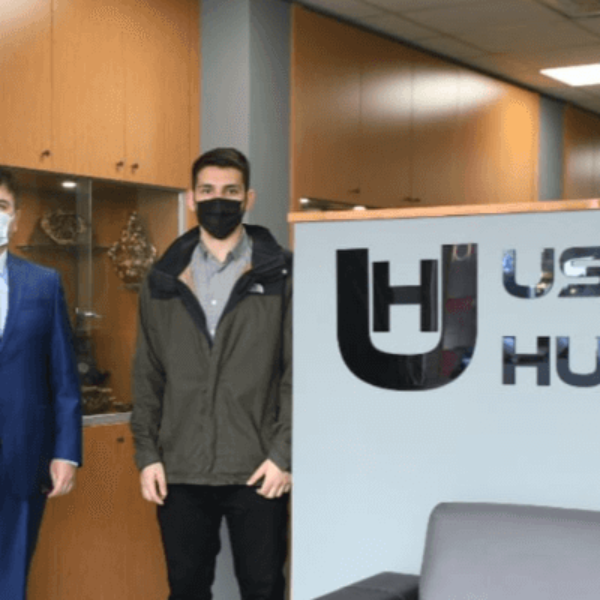 Başkan Gökhan'dan Meclis Üyesi Uslu'ya Ziyaret