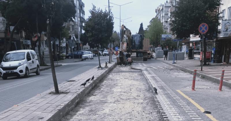 İnönü Caddesi'nde Bakım Onarım Çalışması Gerçekleştirildi