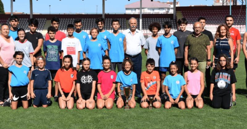 Başkan Gökhan Genç Sporcularla Bir Araya Geldi