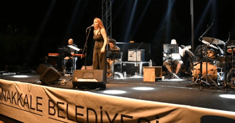 """""""Müzik Geceleri"""" Jülide Özçelik, Foya ve Sarpedon Konserleri İle Devam Etti"""