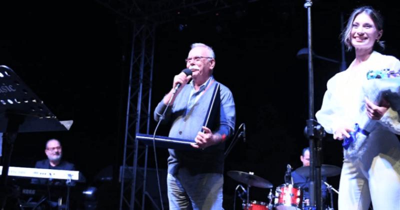 """""""Müzik Geceleri"""", Kürşat Başar Orkestrası, Cüneyt Özdemir ve Pick Up Konserleri ile Başladı"""